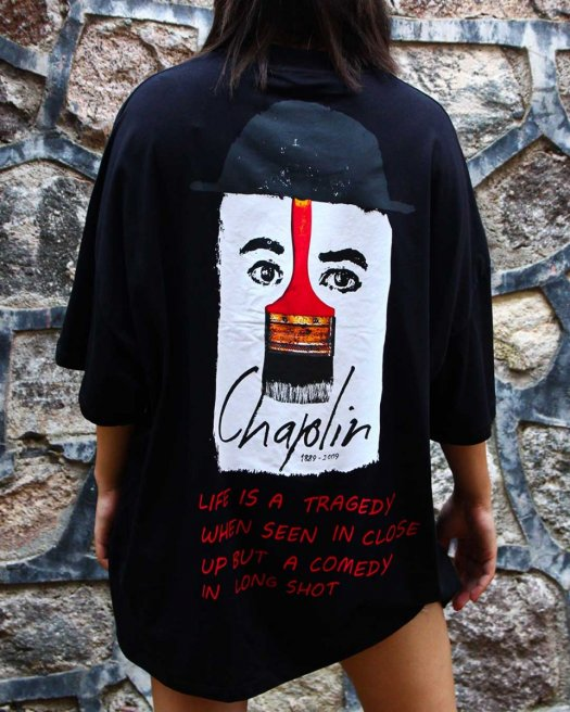 Süper Oversize Siyah Tişört Chaplin Baskılı