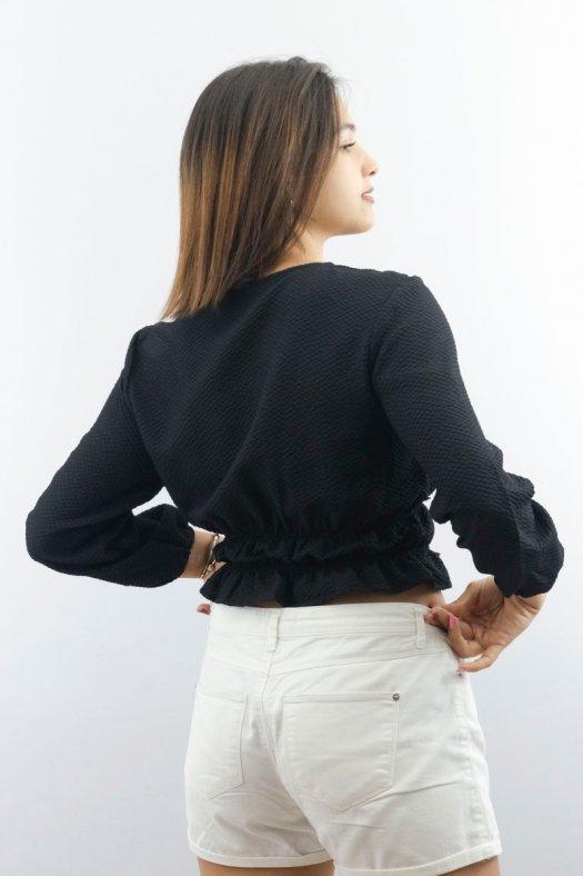 Düğme Detaylı Siyah Kısa Bluz