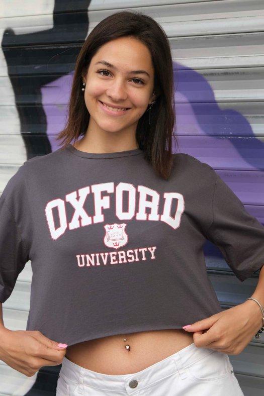 Oxford Baskılı Gri Crop Tişört