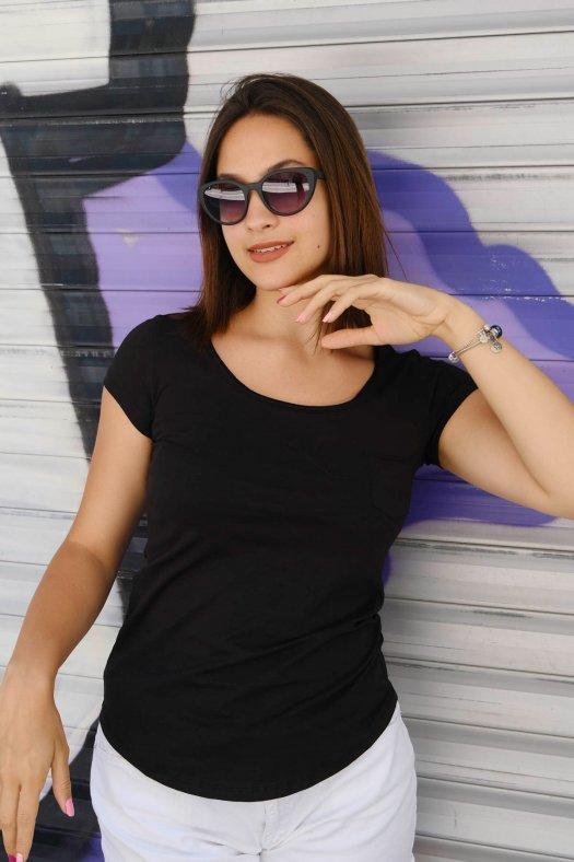 Geniş Yaka Basic Kadın Siyah Tişört